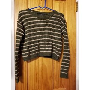 Small forever 21 sweater striped